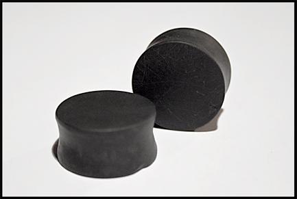 22 mm plugs - black-scratched by murderinhiseyes