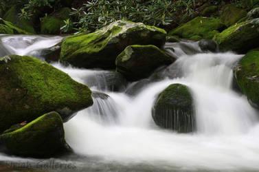 Unedited: Mountain Stream. by JonUriah