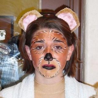 Mama Bear -- Goldilocks and the Three Bears by HannahBlosser