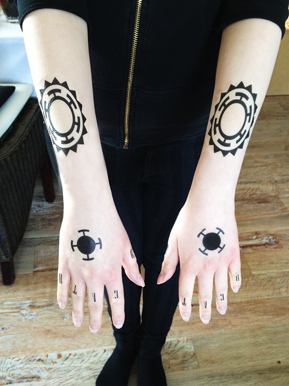 One Piece Hand Tattoo: Tattoo Faking Practice! Trafalgar Law