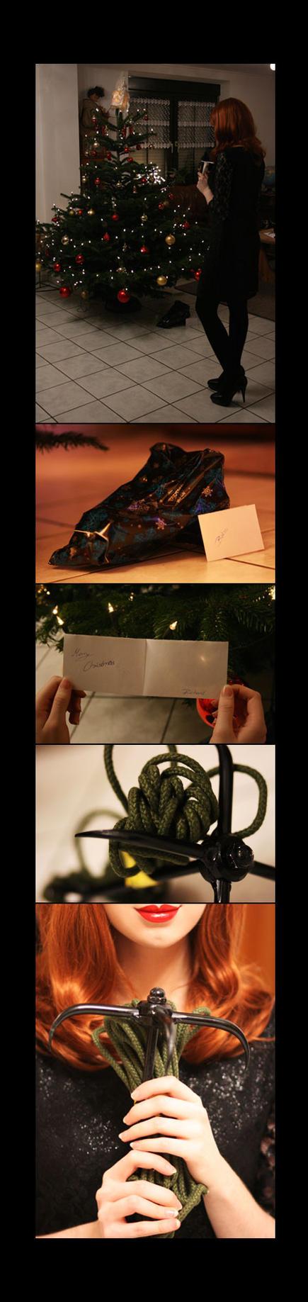 Barbara Gordon - Batgirl Christmas by Knightess-Rouge