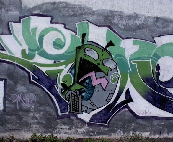 Another Gir graffiti by invasordib