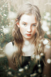 Veronika VIII by Onimon93