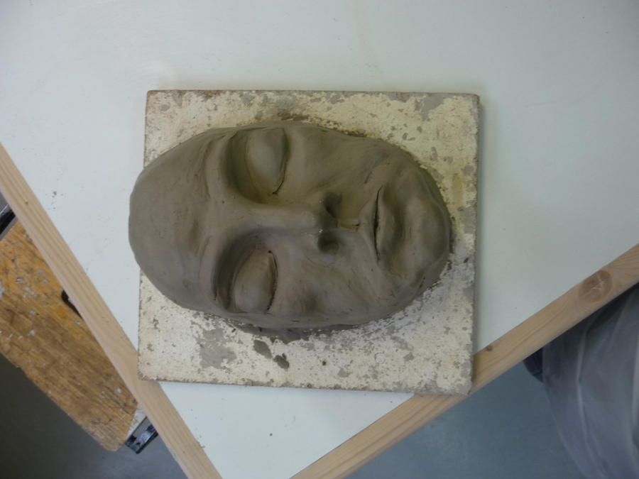 how to make a face sculpture out of clay