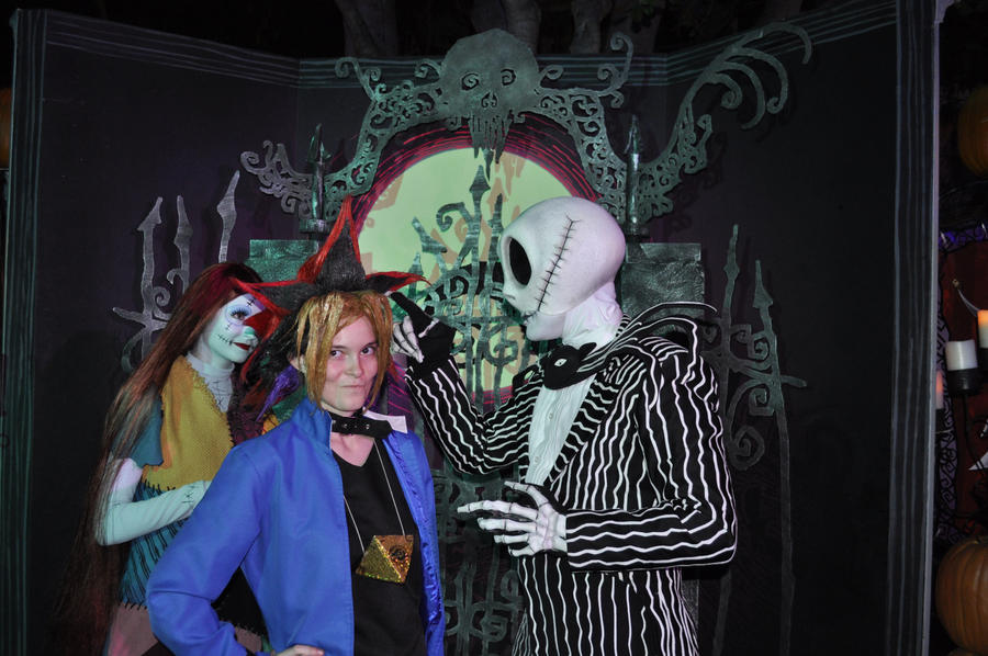 YUGI AND JACK SKELLINGTON AT DISNEYLAND by DrGengar