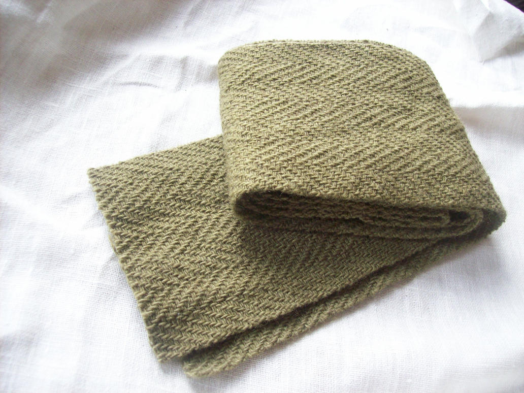 http://th09.deviantart.net/fs70/PRE/i/2013/311/4/e/herringbone___dyed_with_birch_and_green_vitriol_by_tanjaesk-d6tcegu.jpg