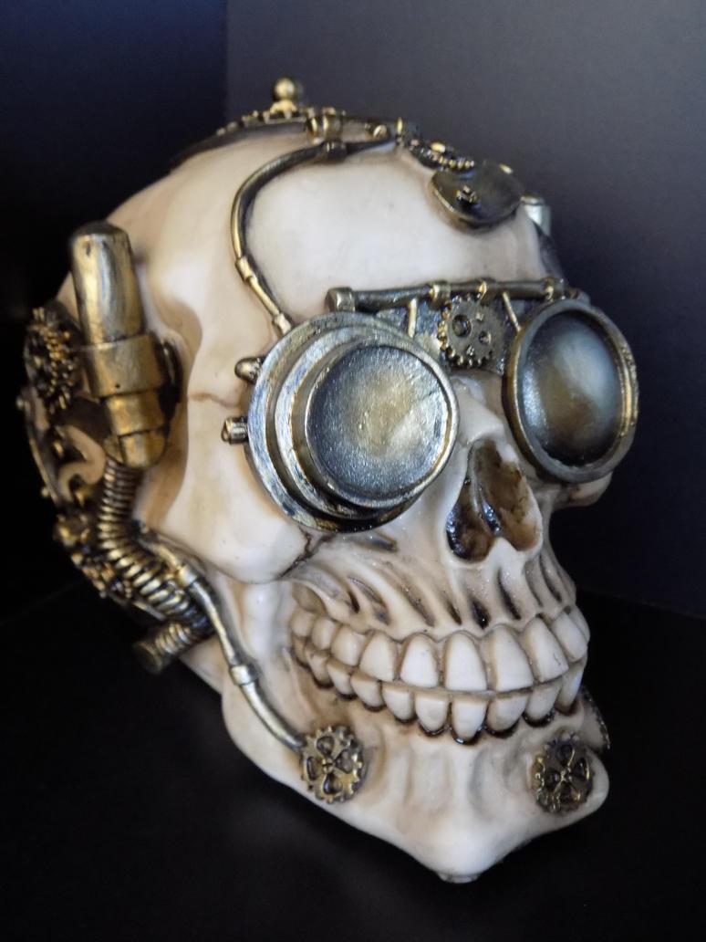 Steampunk Skull by ZombieInn
