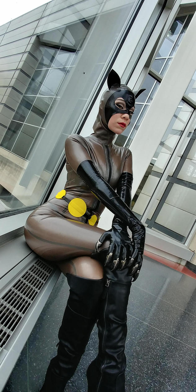 Latex Animated Catwoman 3 by KayLynn-Syrin