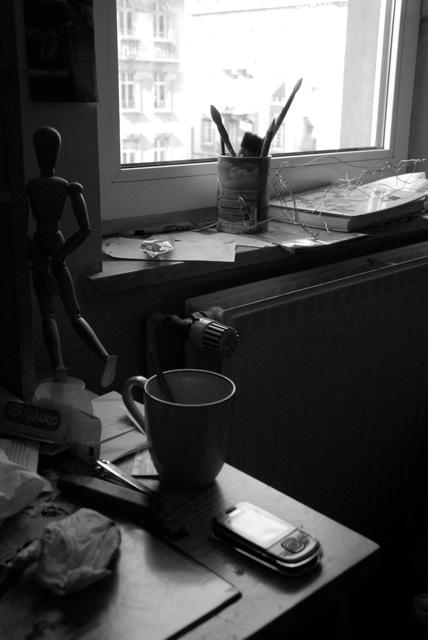 Bureau noir et blanc by boiseime on deviantart for Bureau noir et blanc