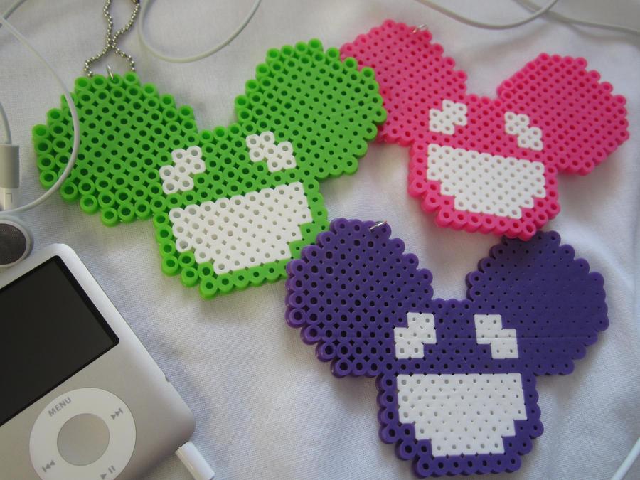 Deadmau5 Mouse Perler Keychain 2 by colbyjackchz