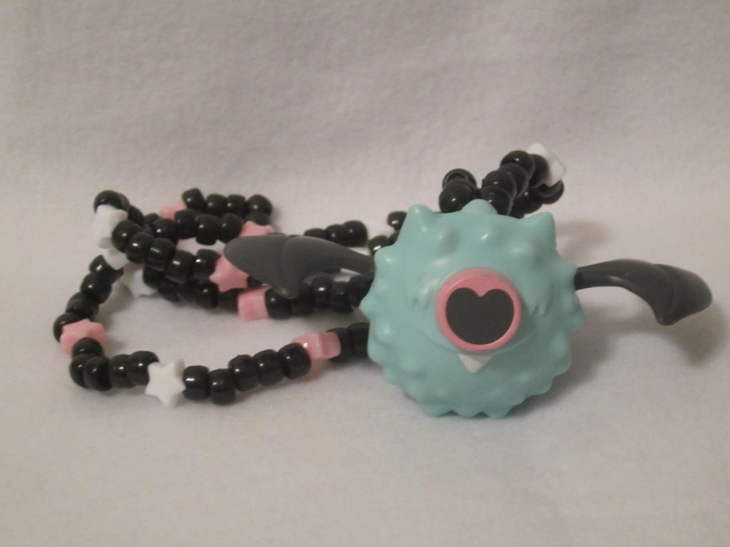 Pokemon Woobat Kandi Necklace by colbyjackchz