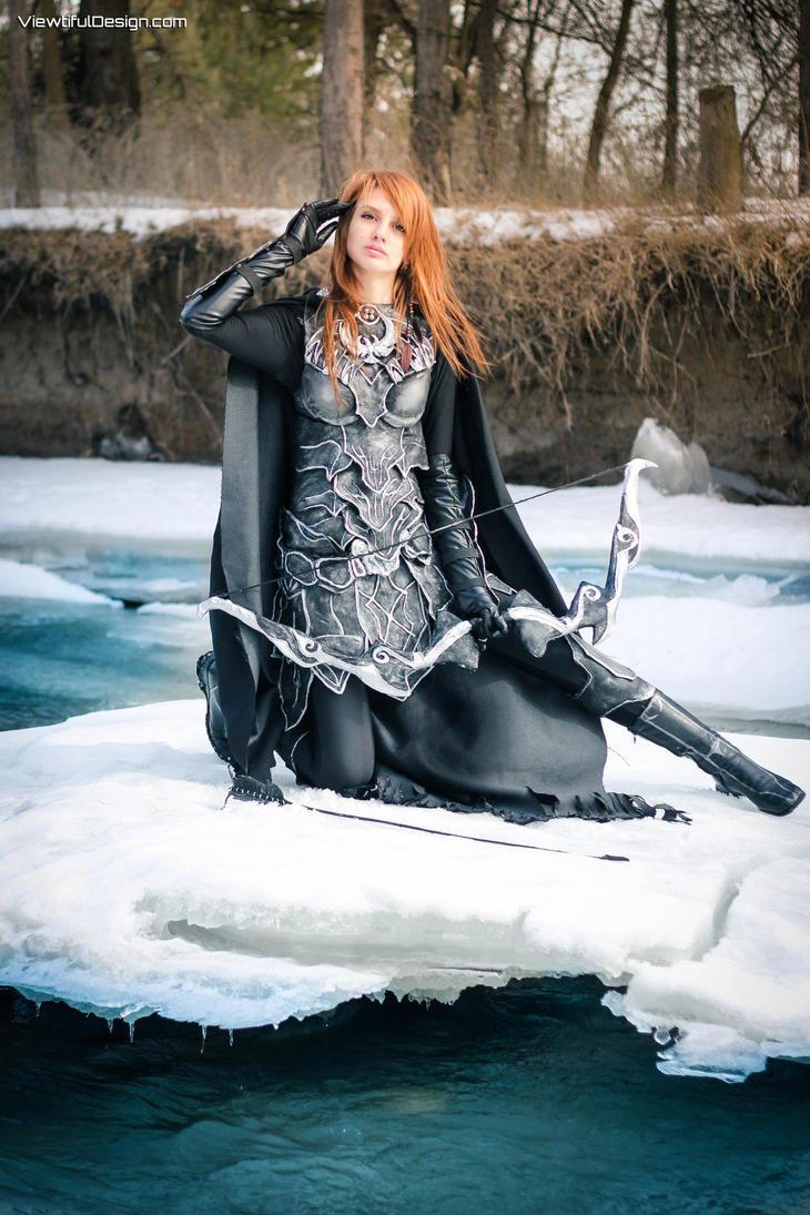 Skyrim Nightingale cosplay, by vikkiievoltage
