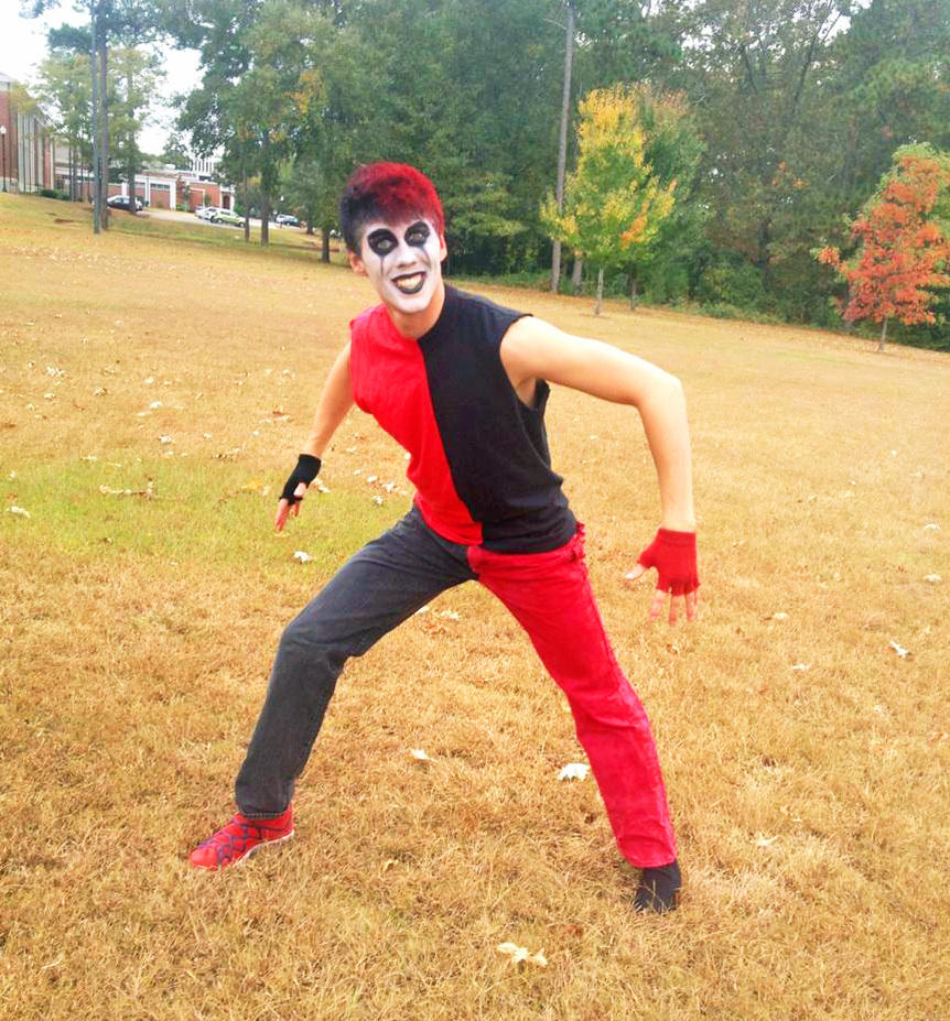 Male harley quinn cosplay