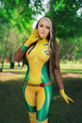 Rogue - X Men by ItsKaylaErin