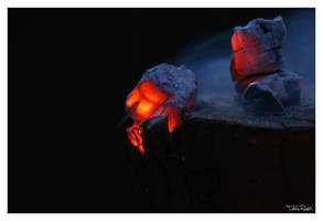 Glowing by TobiasRoetsch