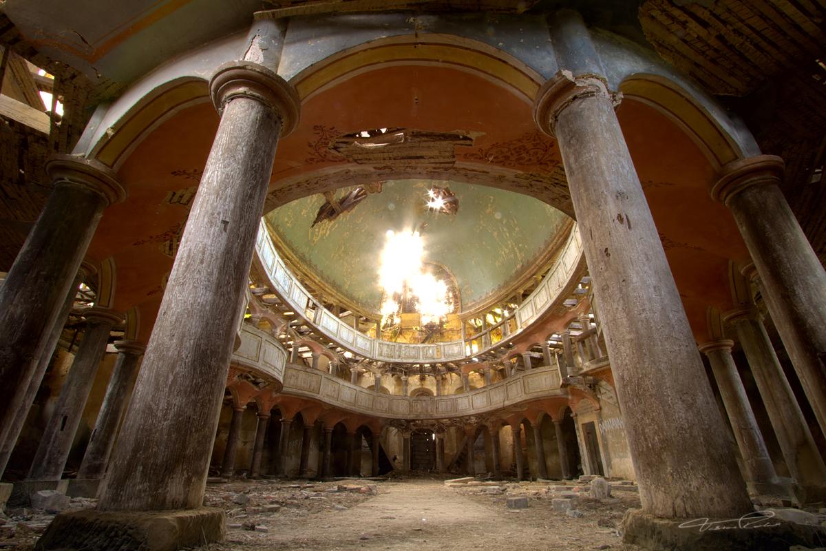 Zeliszow Church Series: III