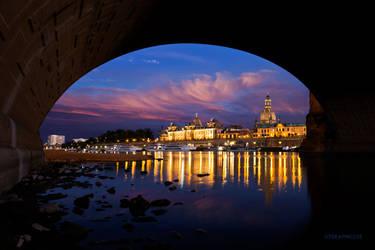 Under the Bridge by TobiasRoetsch