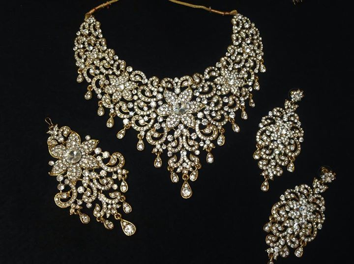 Buy Bridal Jewellery OnlineIndian Wedding Jewelle by blingforyou on