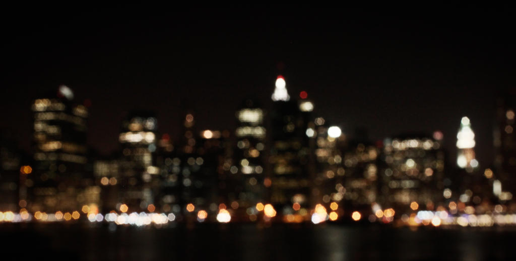 Blurry Skyline by galleleo