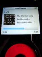 iPod Rock 'N' Roll by V-de-Vatapa