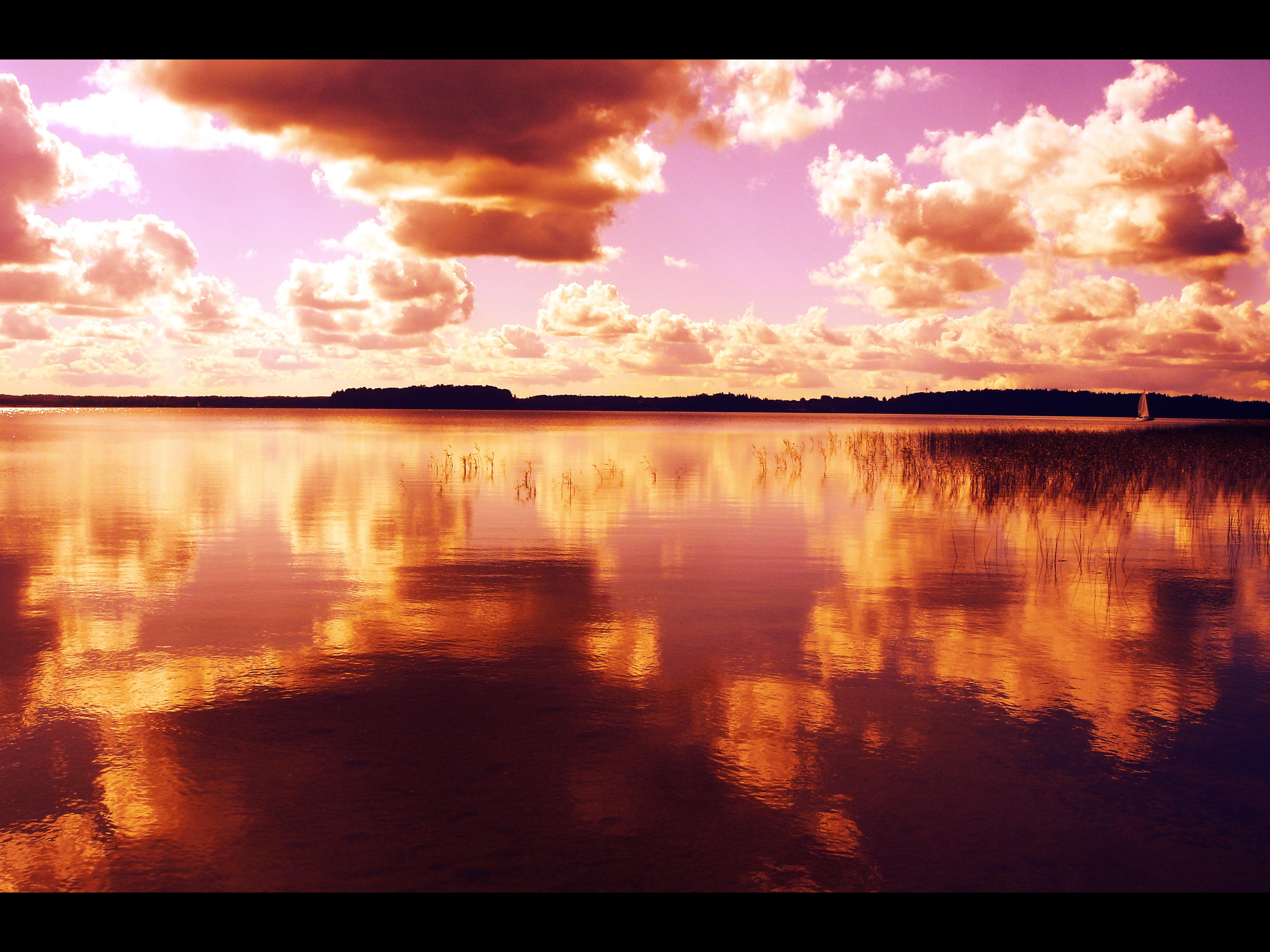 Autumn's Sky by Dislute