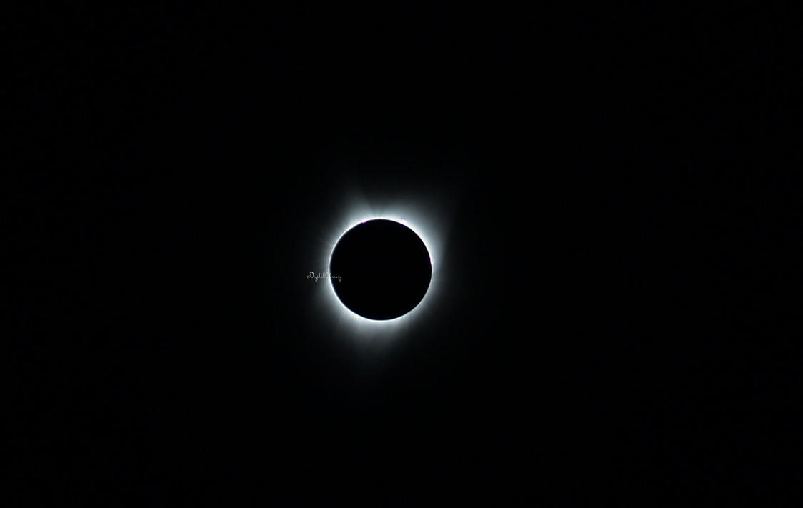 Totality by 1000900054