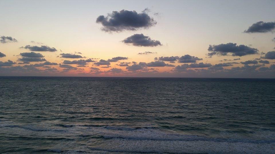 Beginning Of The Sunrise by Slicenndice