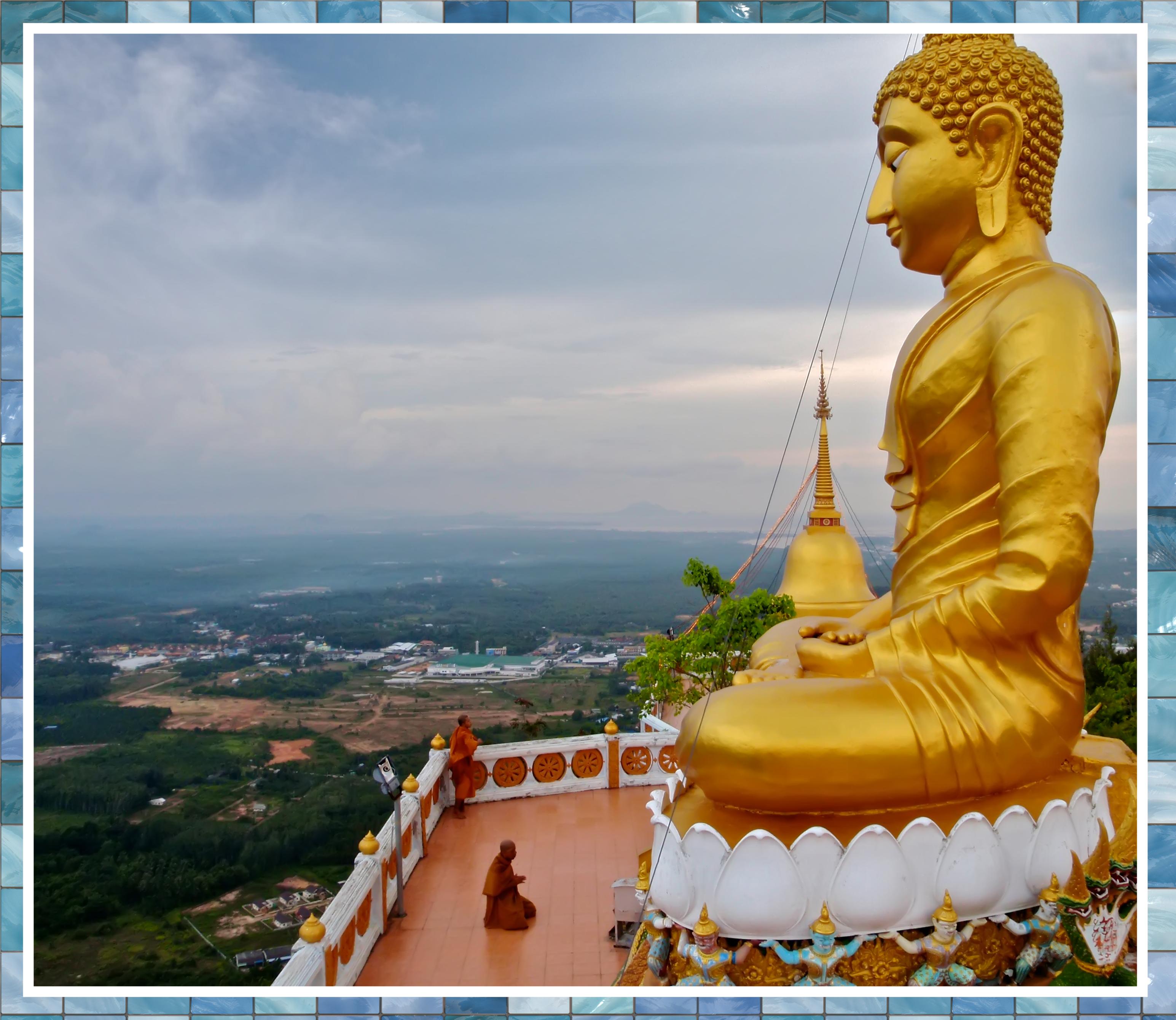 Molto A DI DA PHAT BUDDHA THAILAND Golden Buddha 45 by Tulinhbuddha on  YX71