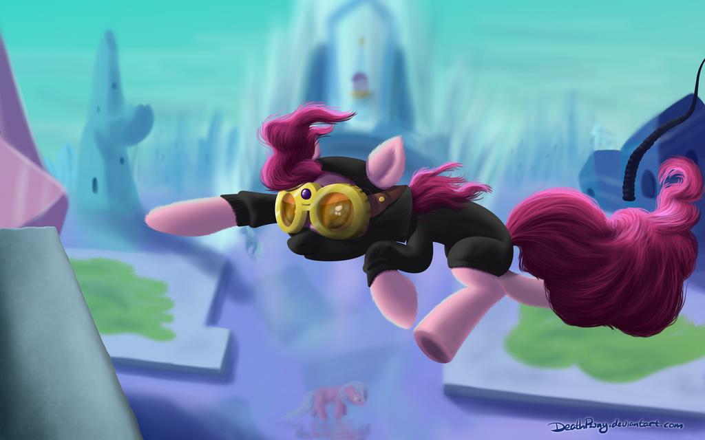 Pinkie Spie by DeathPwny