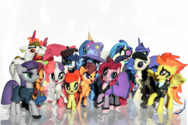 Many Pones by DeathPwny