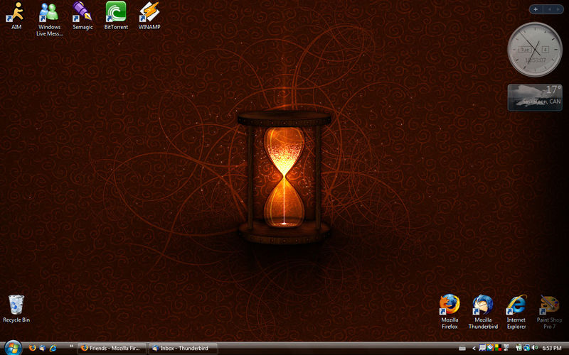 Desktop - December 2007 by acciosnitch