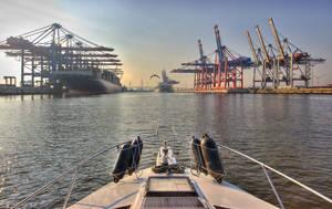 Boating in Hamburg harbour