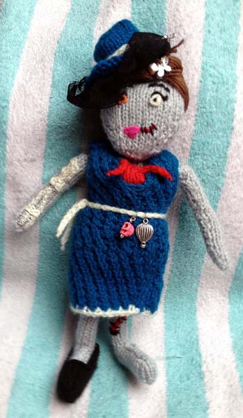 Knitted Zombie Lady by Talaganieth