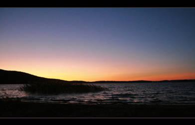 Round Valley Sunset by Goodbye-kitty975