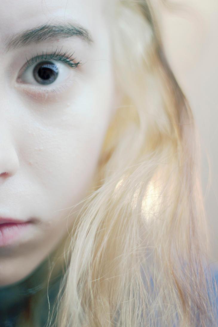 ZEF 2.0 : Crazy Eyez by Adrienneknott