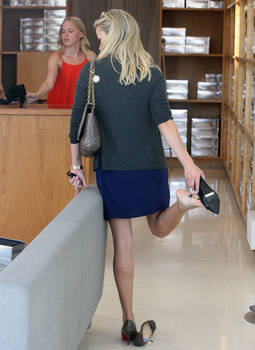 Reese Witherspoon Insole Store