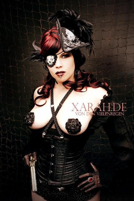 Burlesque Pirate by xarah