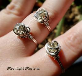 Dainty Glass Beaded Rings by MoonlightMysteria