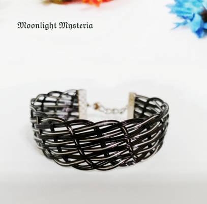 Wire Braided Cuff (Black)