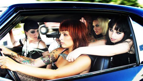 Car Jacking by Prettylittledeadgirl
