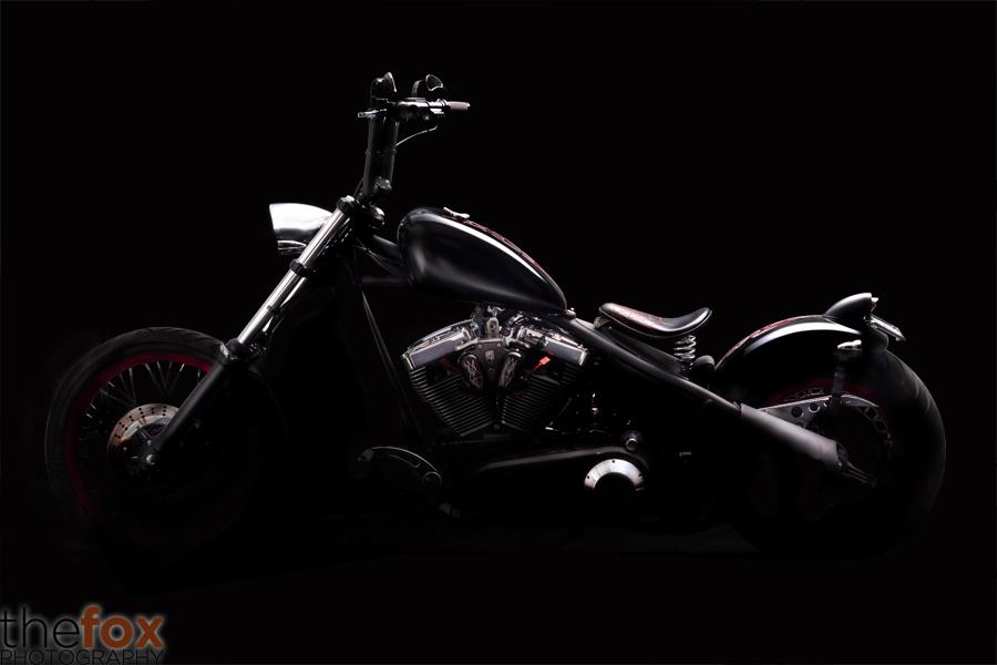 IMAGE: http://fc09.deviantart.net/fs70/f/2011/325/5/1/motorcycle_1_by_thy_fox-d4gxc2f.jpg