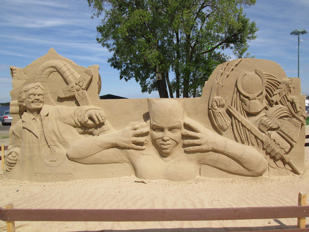 Comic Characters Sand Sculpture by Bemari