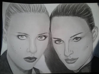 Scatlett Johansson and Natalie Portman