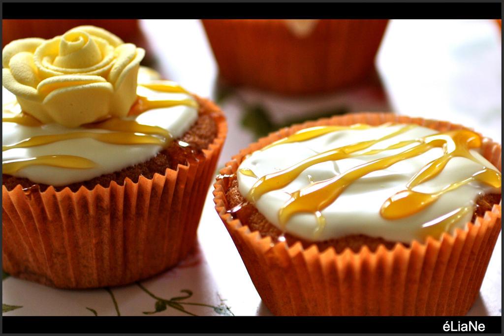 Cupcake Caramel by pinkapple04