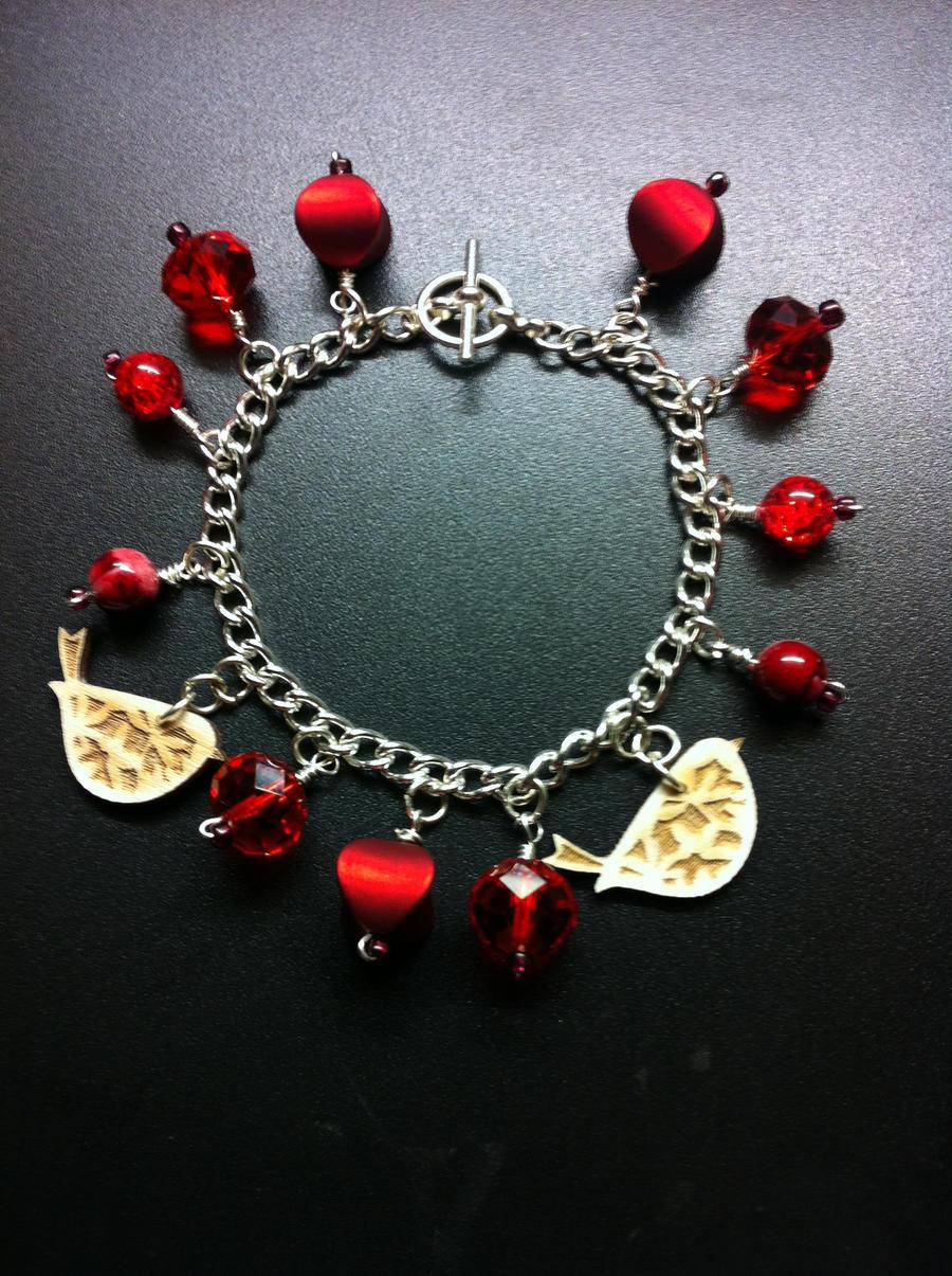 Bracelet making #4 by missmiakomyori