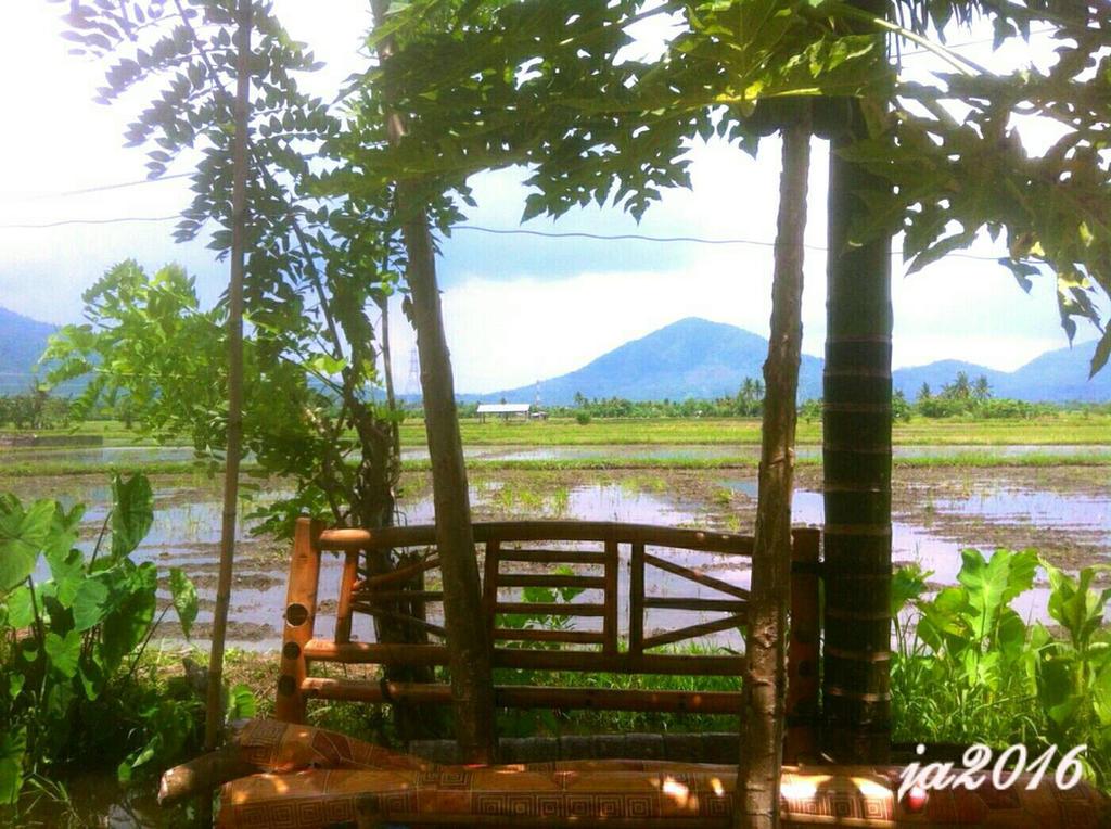 Pahinga (Rest) by JozArAm
