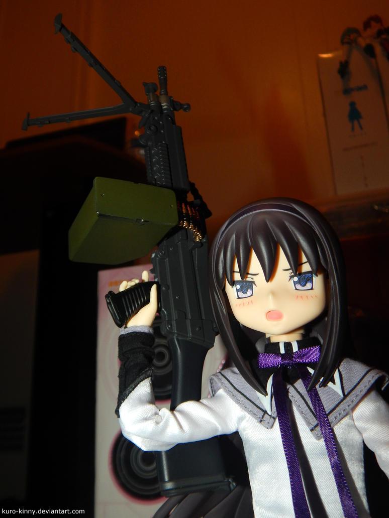 Homura's LMG by Kuro-Kinny