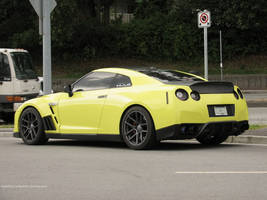 Optic Yellow by SeanTheCarSpotter