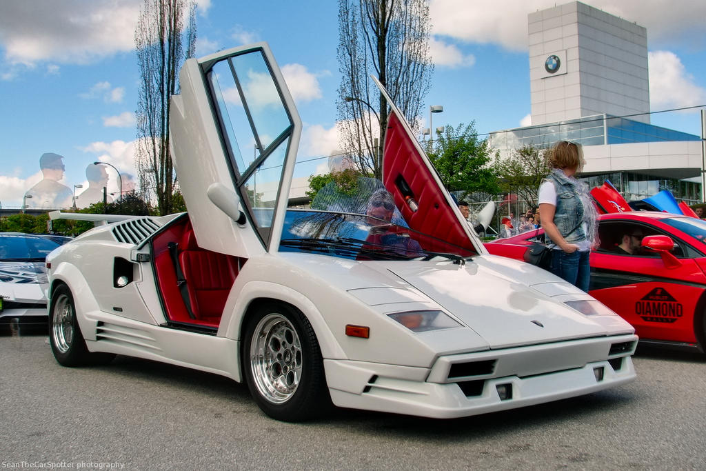 lamborghini countach wolf of wall street motoring middle. Black Bedroom Furniture Sets. Home Design Ideas