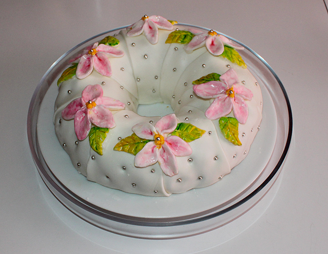 Moms 62nd Birthday Cake by joanniegoulet on DeviantArt